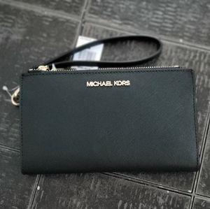 🔖HP Michael Kors Black Wristlet/Wallet Double Zip